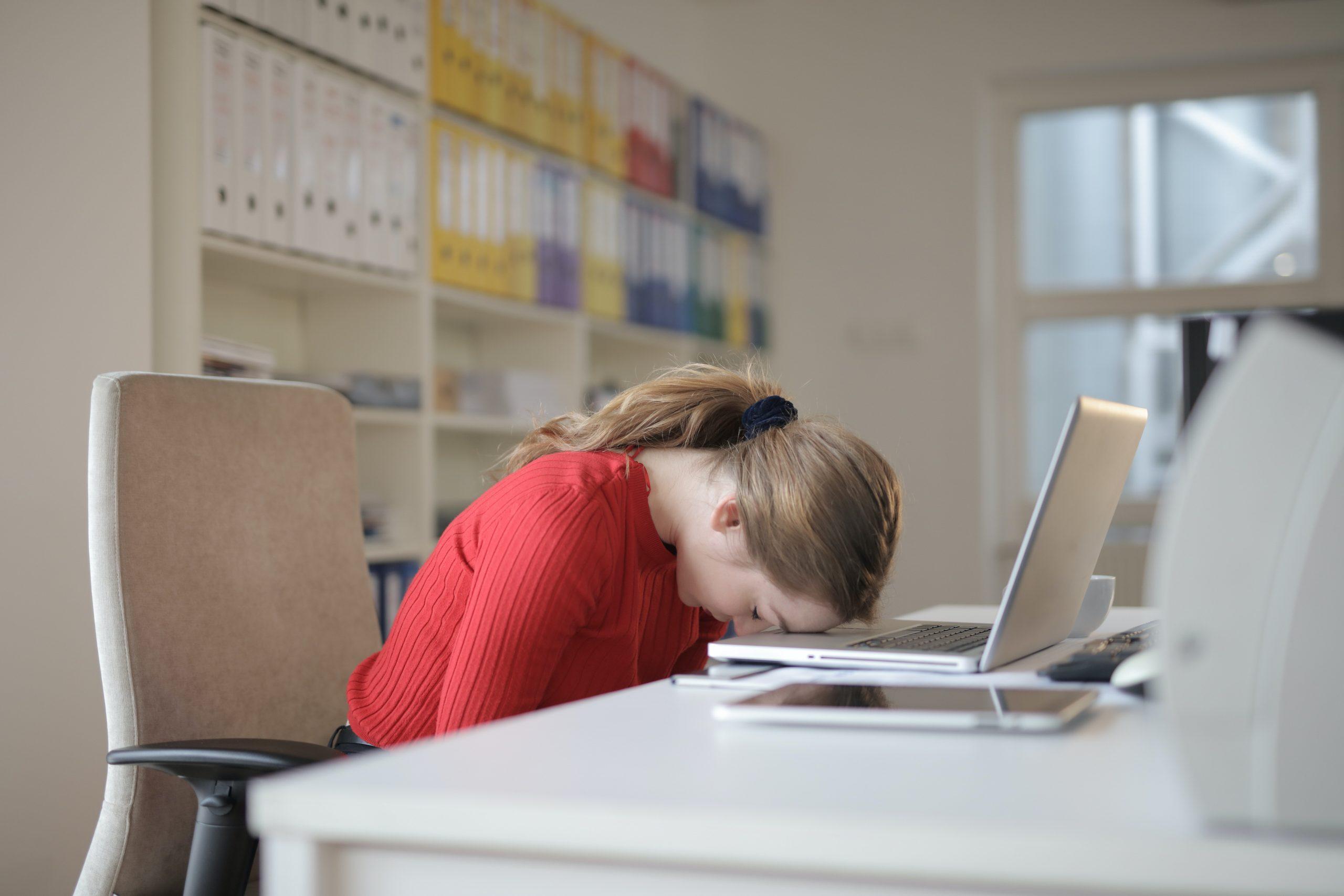 Tips to sleep better during lockdown