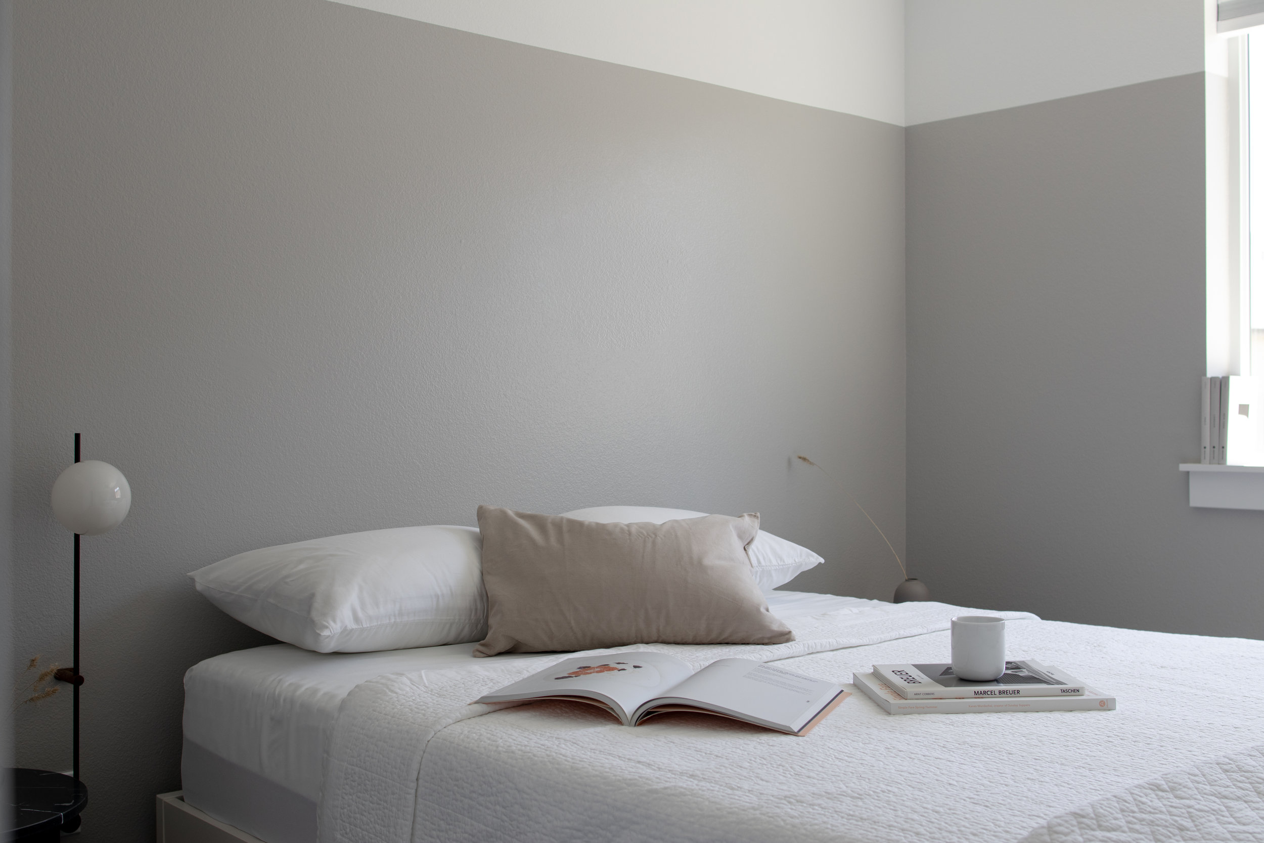 How to Make Your Guest Bedroom More Stylish & Comfortable?